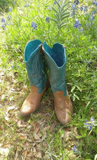 Tracie's turquoise cowboy boots April 2018